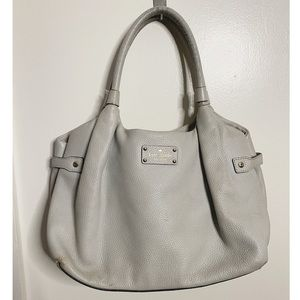 Kate spade ny! Selling for cheap as is! 💟